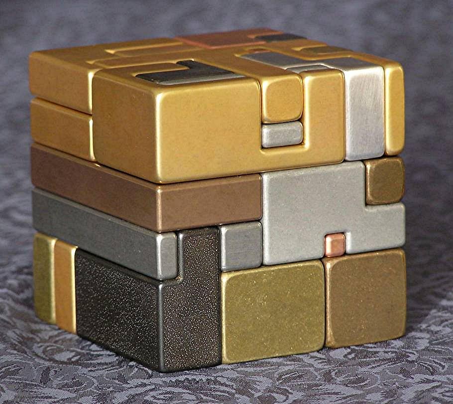 puzzle cube metallic